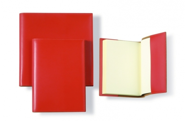 paddedimage614400-smooth_leather_refillable_notebook_journal