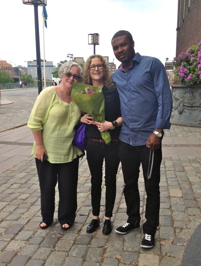 Tina, Sam and me outside the City Hall.