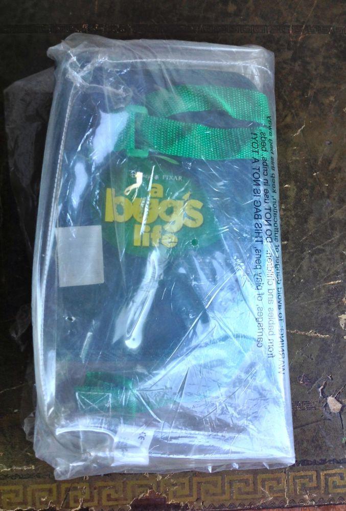 A Bug's Life Bag and Organiser (2/6)