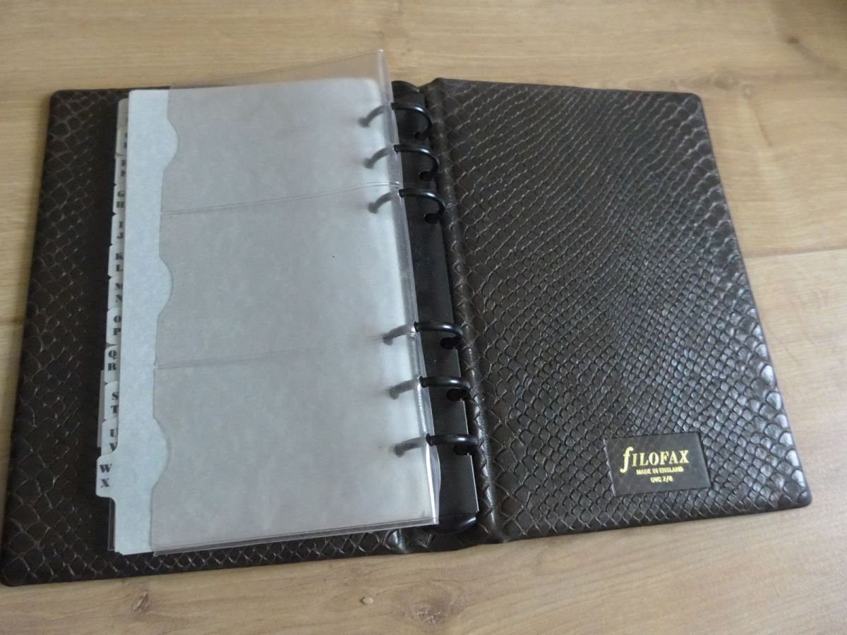Filofax Ovc 7 8 Binder With Black Rings Janet Carr