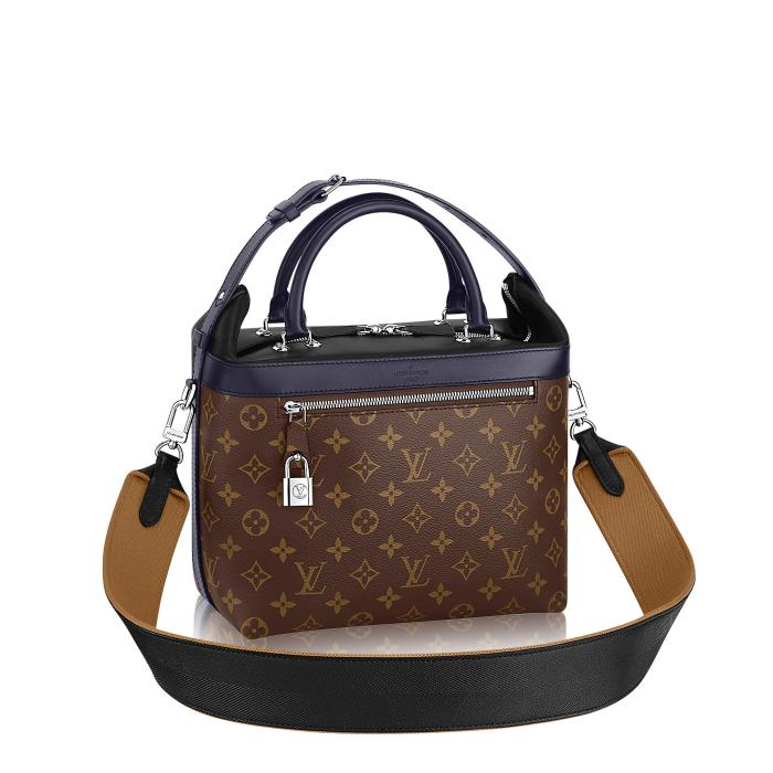 louis-vuitton-city-cruiser-pm-monogram-canvas-fashion-shows-m52008_pm2_front-view