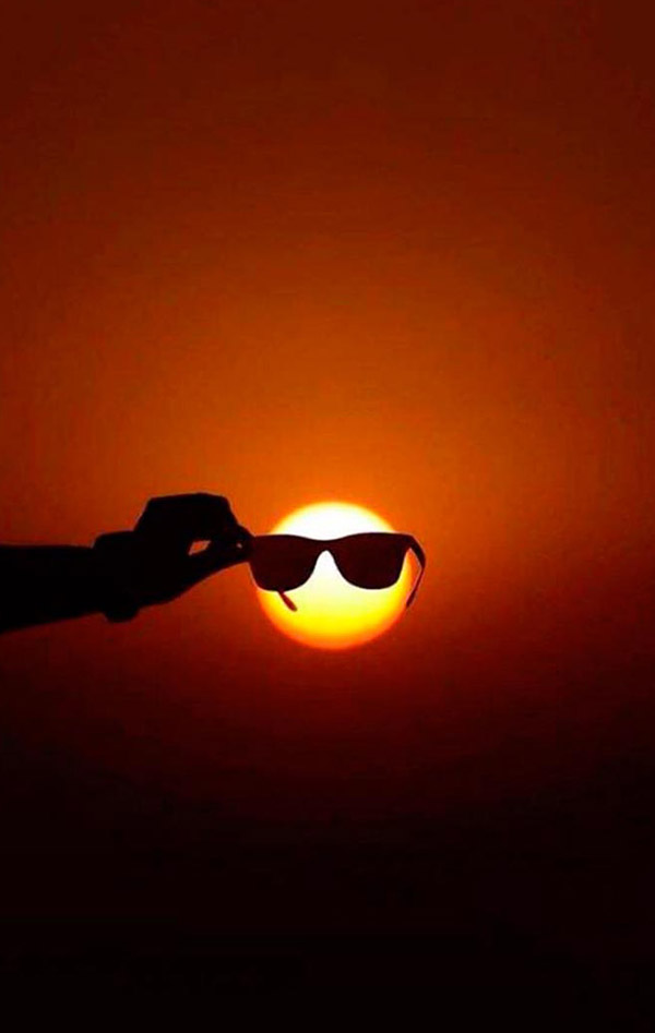 perfectly-timed-sunset-sunglasses