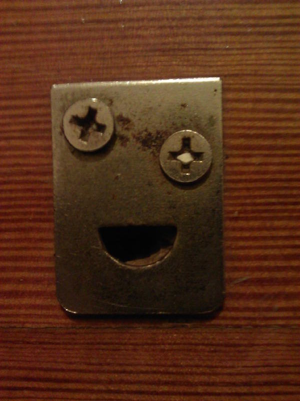 funny-pics-of-objects-that-look-drunk-screws-happy