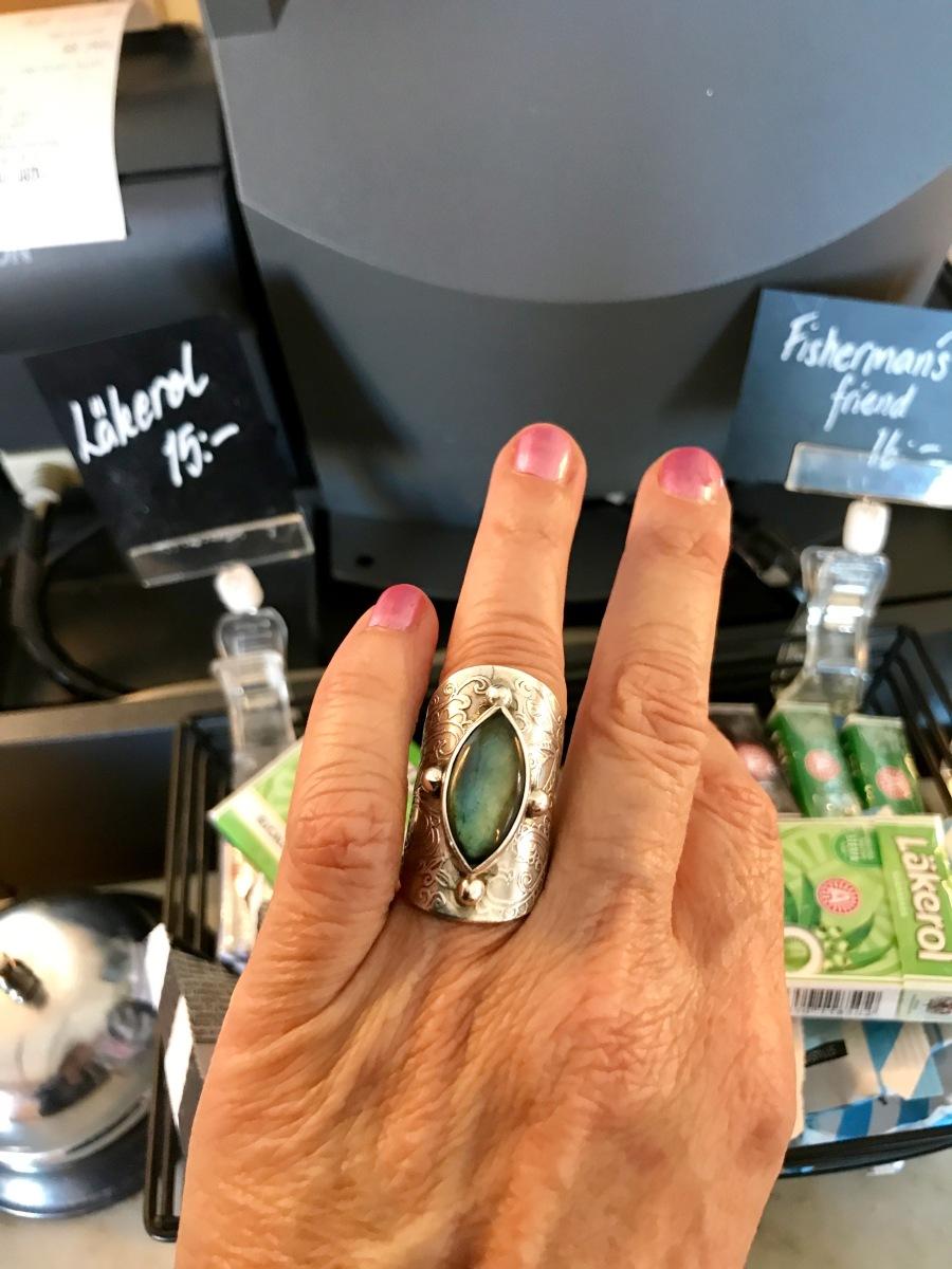 Elfin ring