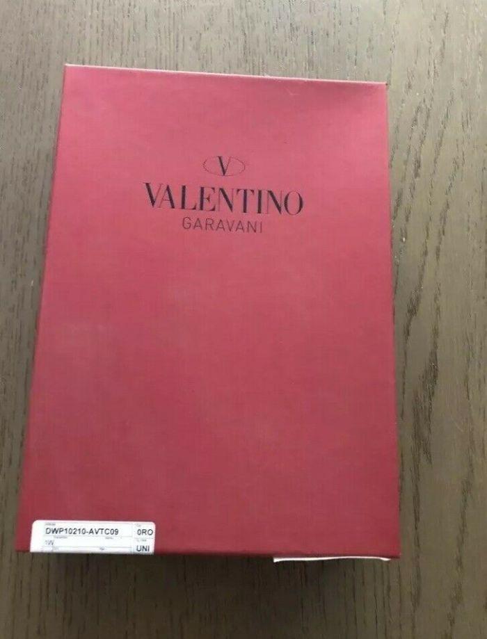 Valentino Garavani notebook